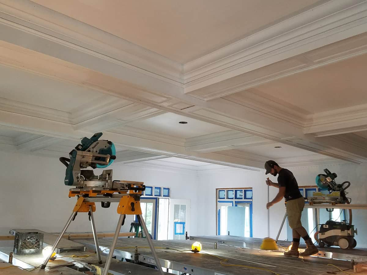 Crown Molding Services-Longview TX Professional Painting Contractors-We offer Residential & Commercial Painting, Interior Painting, Exterior Painting, Primer Painting, Industrial Painting, Professional Painters, Institutional Painters, and more.